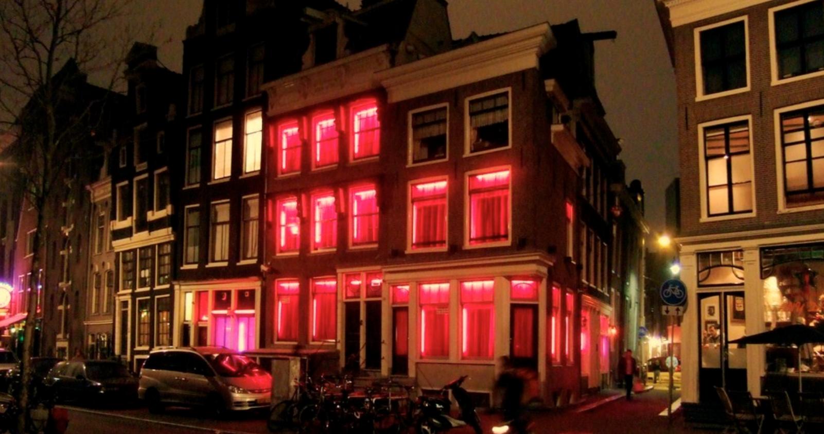Model Hooker in The Hague